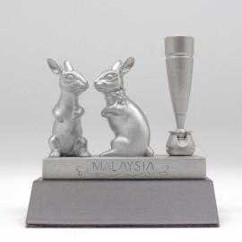 [213W] Rabbit (Wood)