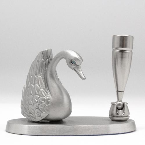 [352P] Swan