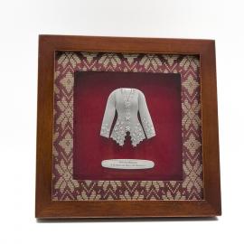 "[608] Baju Kebaya (8"" x 8"" inches)"