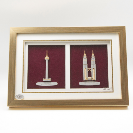 "[643] KL Tower & Twin Towers (Gold) (13"" x 9"" inches)"
