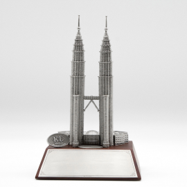 [712] Twin Towers (Wood)