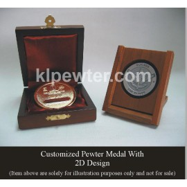 Customized 24K Gold Plated Pewter Medal with Solid Wood
