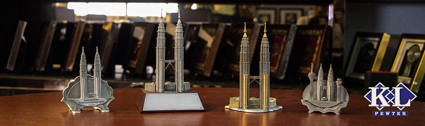 Twin Towers Figurine